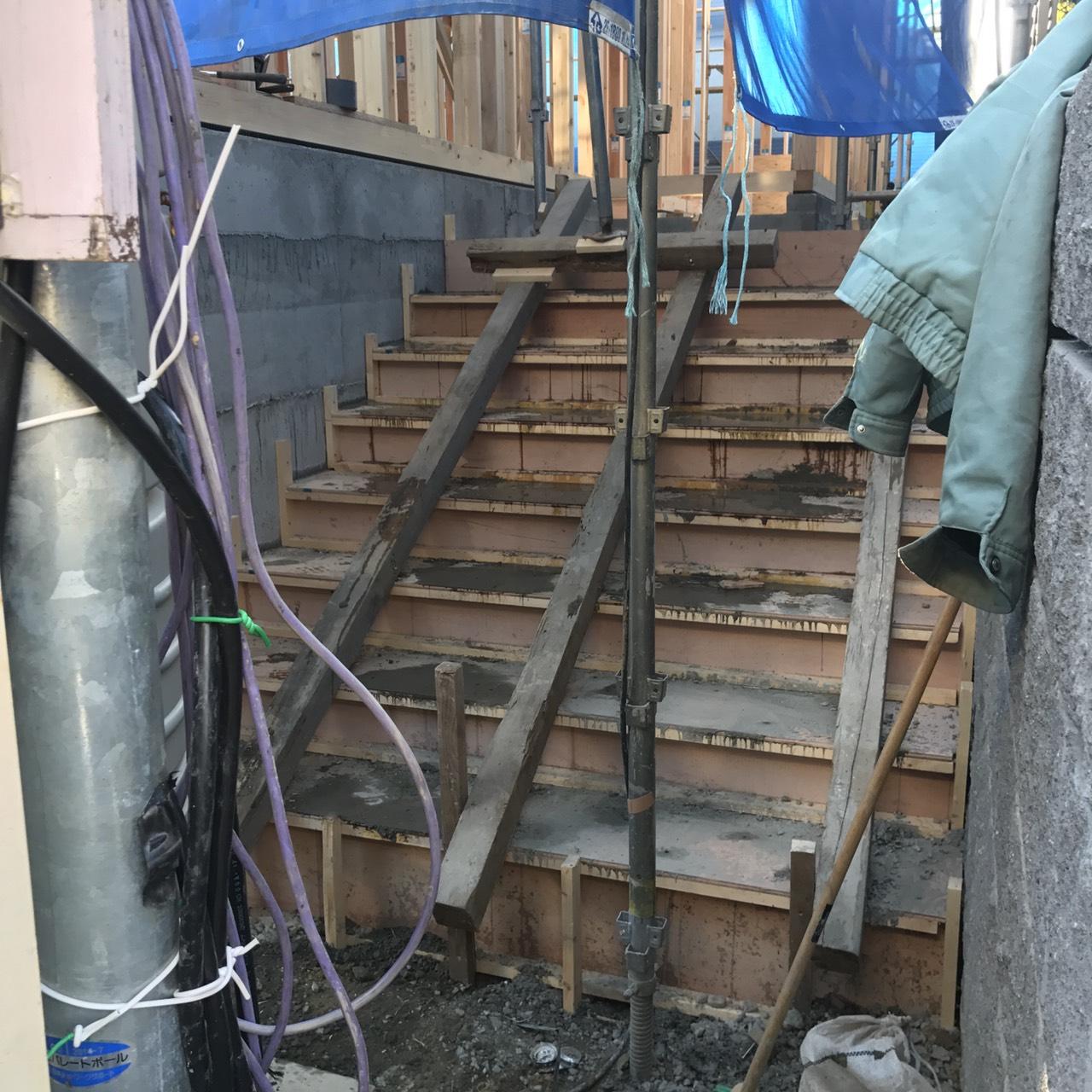 川崎市麻生区U様邸外構工事(階段工事)
